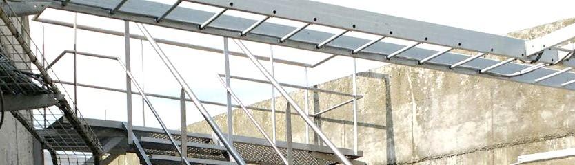 Escaleras y plataformas en AISI 304 y PRFV Instaladores en plantas industriales