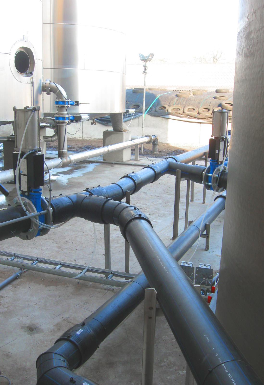 07 Planta de Biogás de 2 MW en Moerstraten Países Bajos - Conexion tanques inoxidable y fibra
