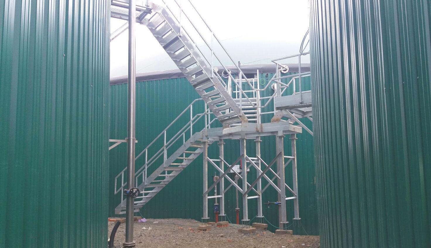Plataformas y Escaleras03-Planta Biogás 1MW Inchdairnie Reino Unido