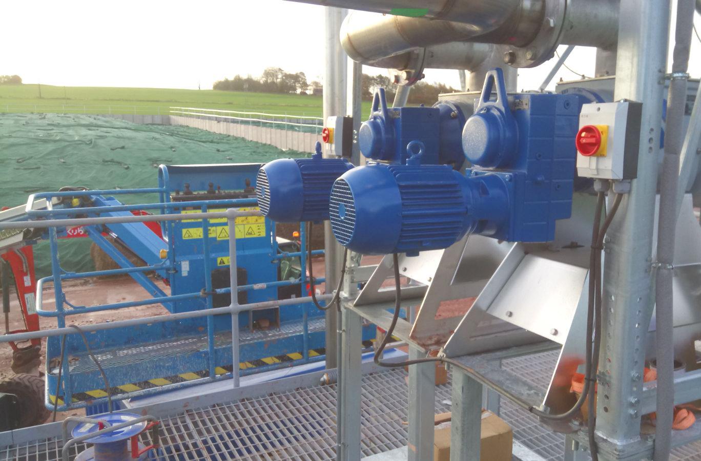 01 Instalación de Separadores y Plataforma-Planta de Biogás de 1MW en Stracathro Reino Unido
