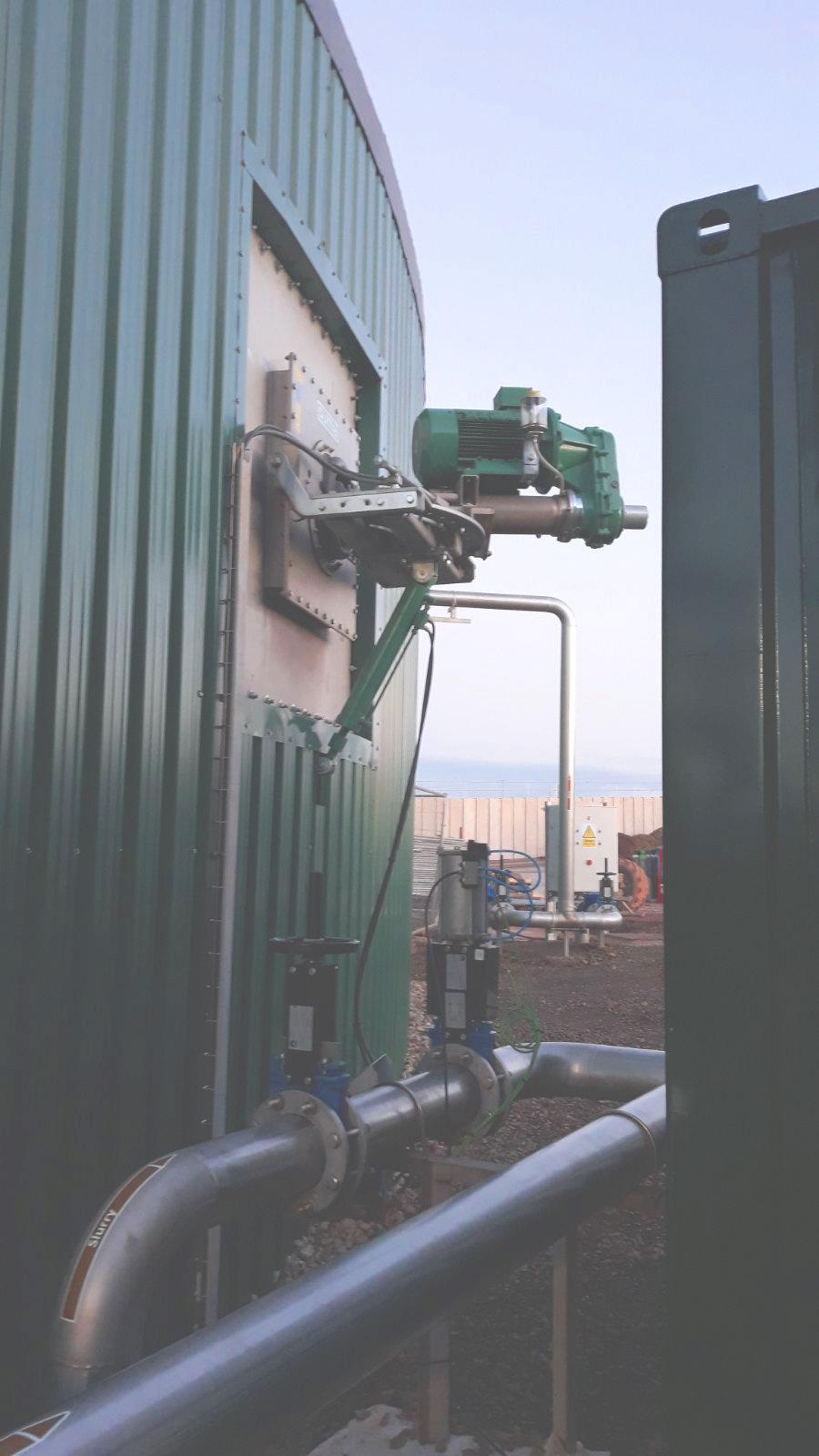 03 Instalación de Agitadores-Planta de Biogás de 1MW en Stracathro Reino Unido