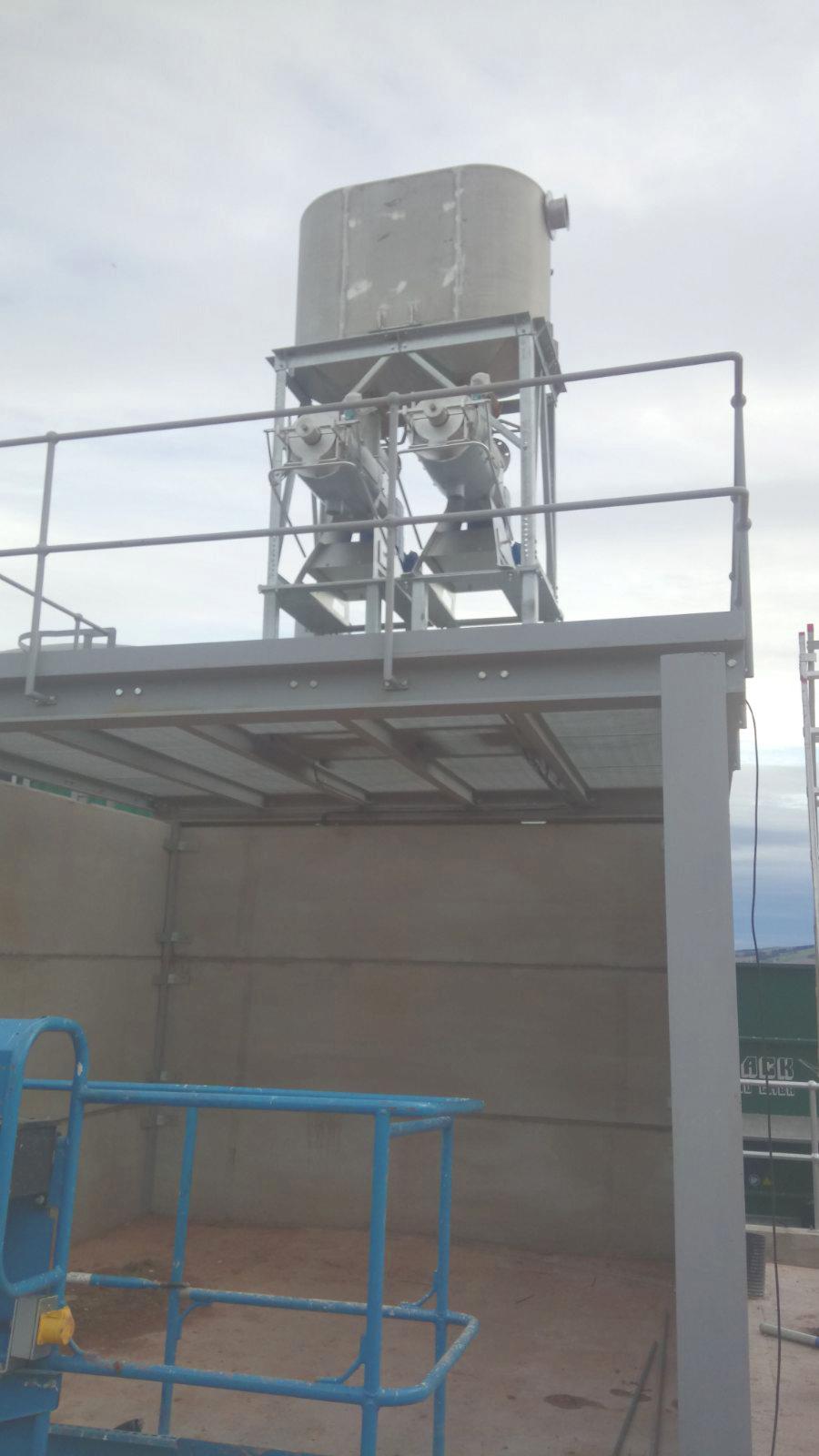 04 Instalación de Separadores y Plataforma-Planta de Biogás de 1MW en Stracathro Reino Unido