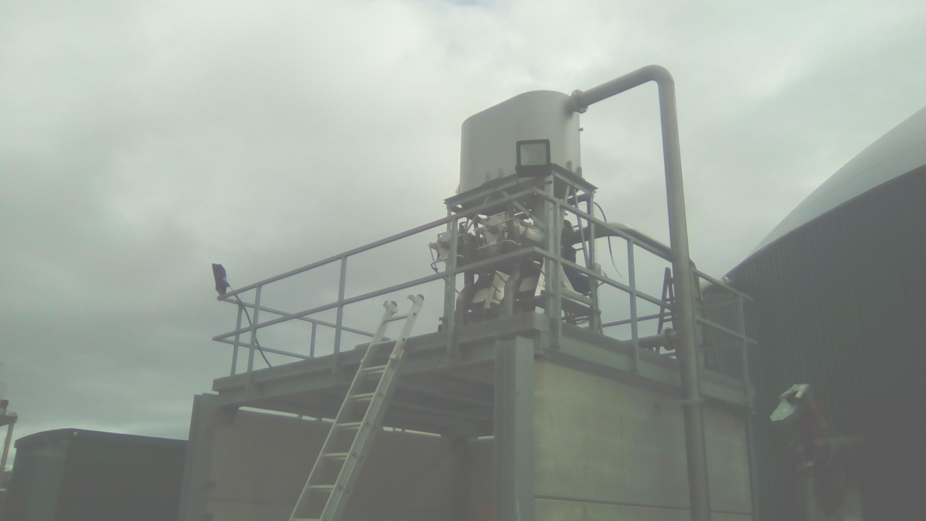 06 Instalación de Separadores y Plataforma-Planta de Biogás de 1MW en Stracathro Reino Unido