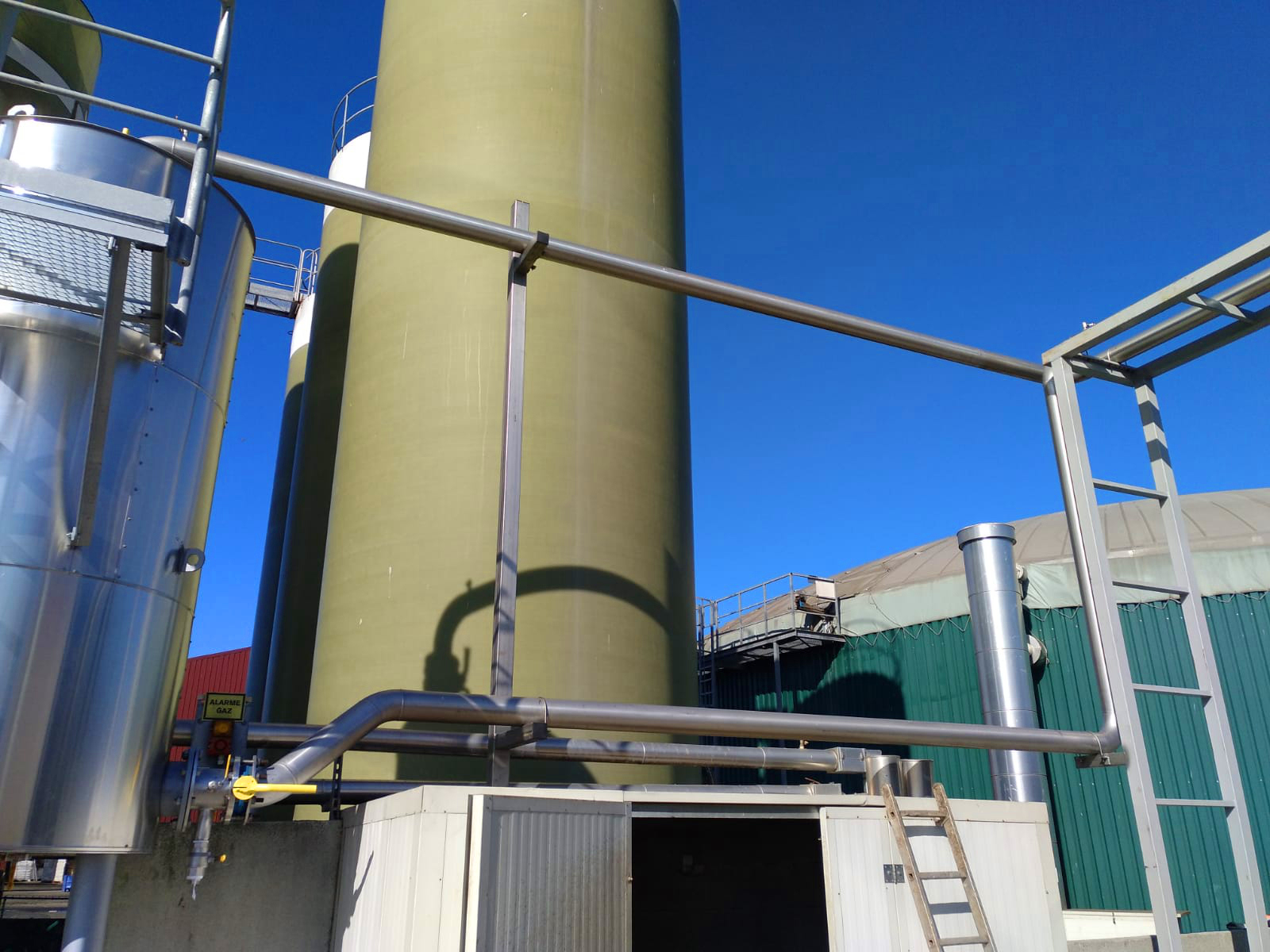 Biogás Vitaligaz Étréville Francia 10 Modificación línea de gas a motor CHP-Vitaligaz-Envitec