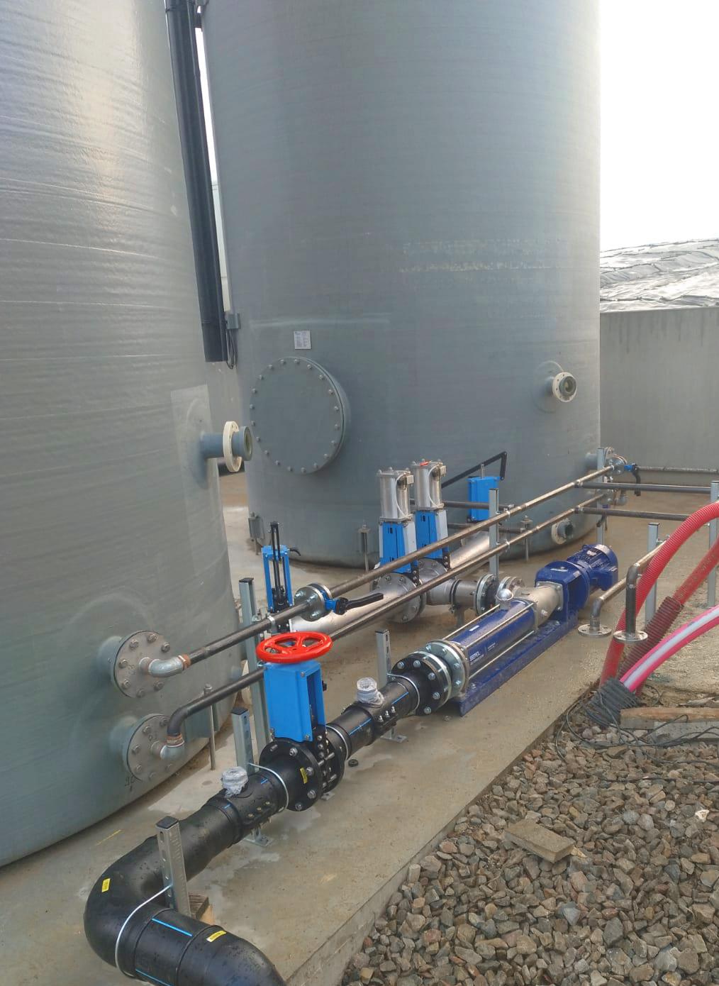 16 Conexión Tanques GFK-Fertioise-ENVITEC-Planta-Biogas-Coudun-Francia