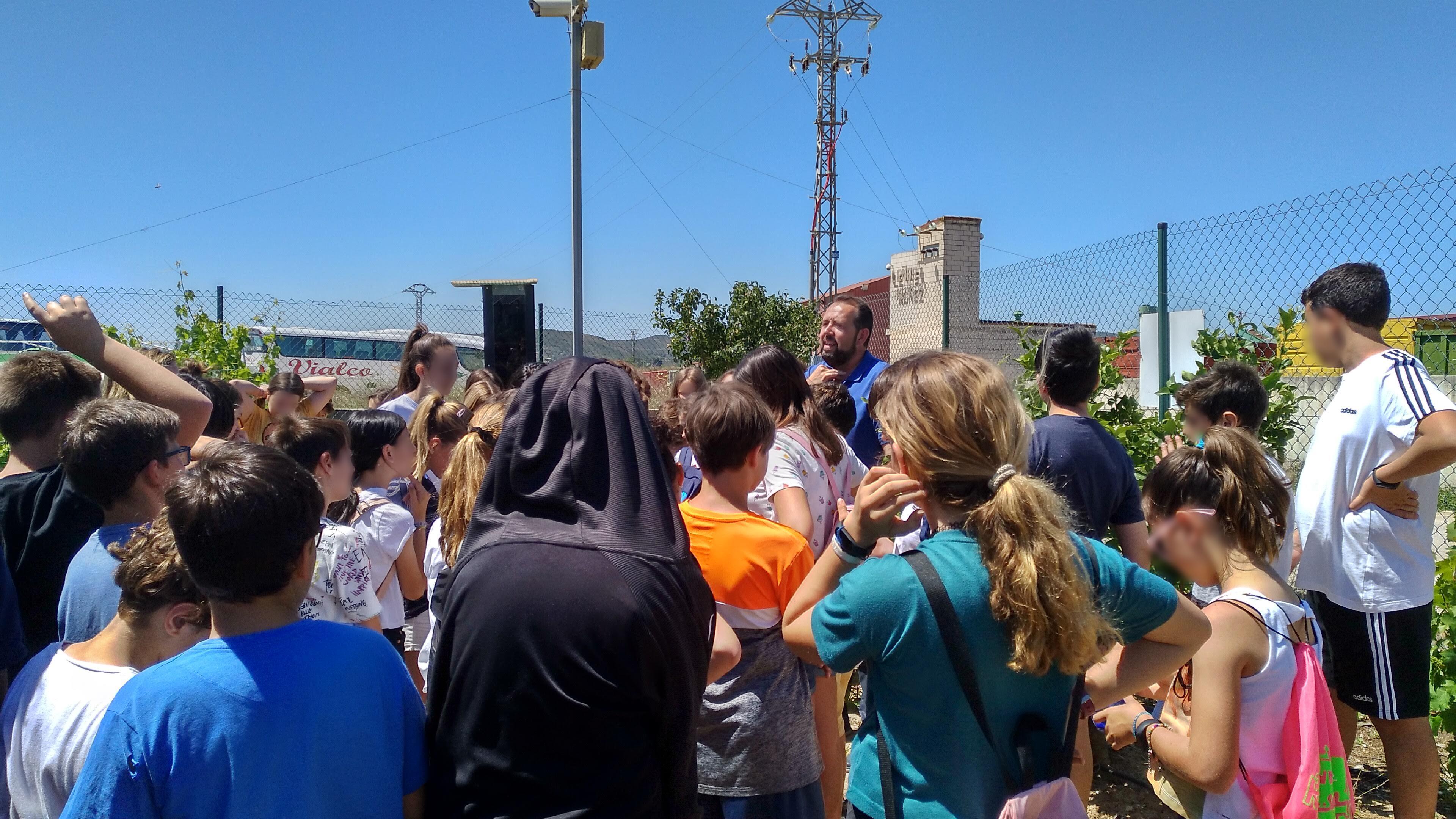 INDEREN outreach class renewable INDEREN Jornada de concienciación energías renovables escolares Huerto Solar de Picassent 04
