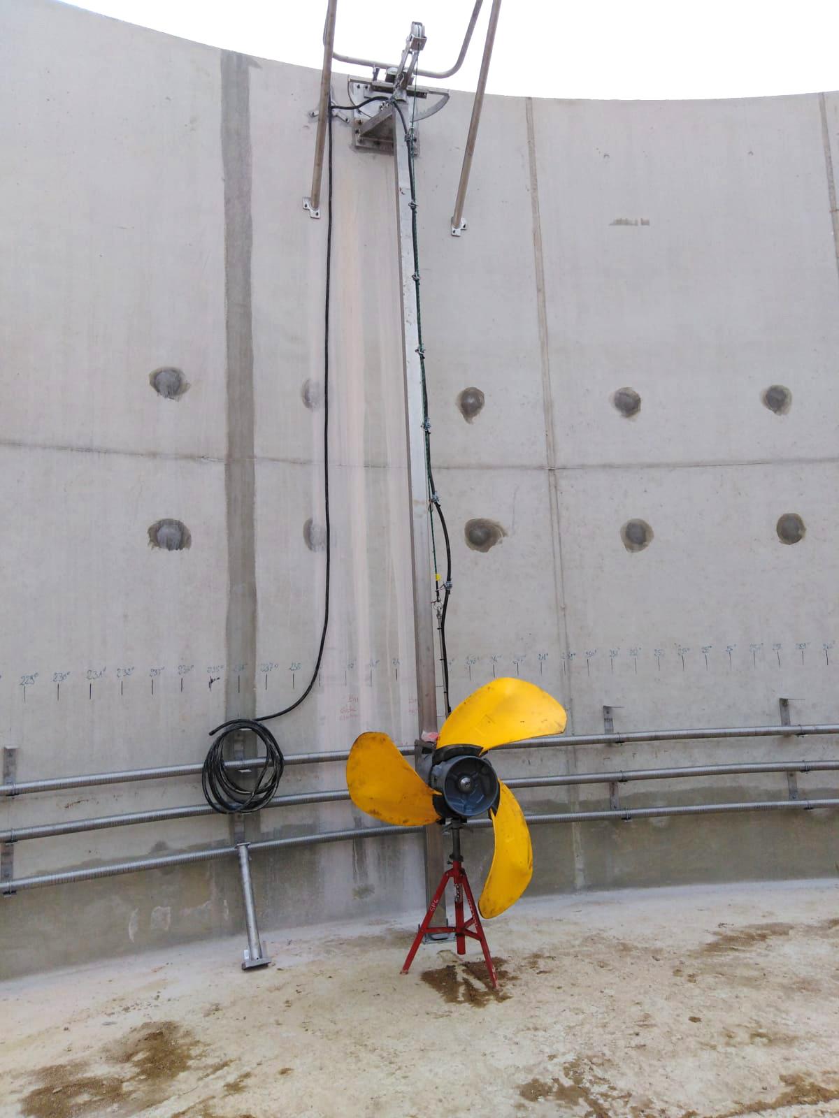 PlantaBiogás LAP Biogaz-EnviTec-Instalación equipos interior del digestor04