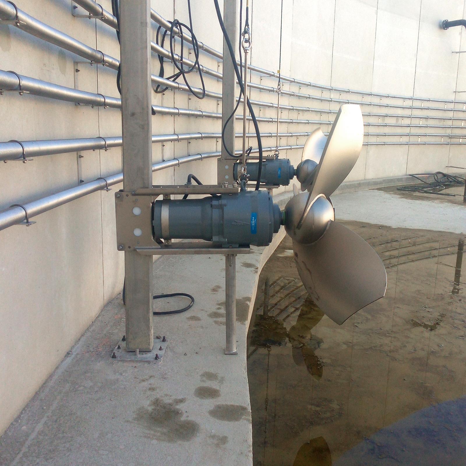 Planta Biogás Metha Val de Saone INDEREN-InstalaciónEquiposEnTanques-Digestor02